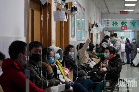 2020年1月22日,武汉市发热患者定点诊疗医院红十字会医院。图/财新记者 蔡颖莉